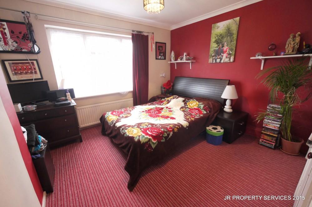 2 Bedroom Split Level Maisonette J R Property Services