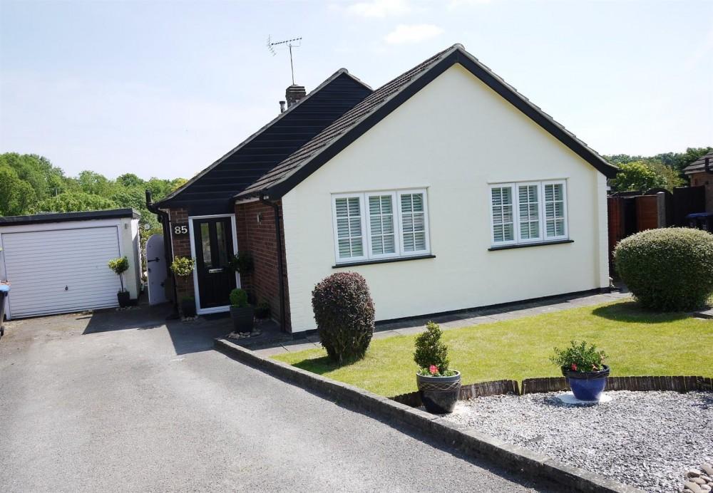 2 Bedroom Detached Bungalow J R Property Services