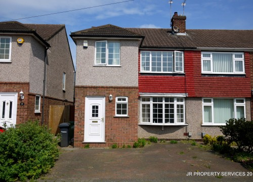 Extended Three Bedroom Semi Central Cheshunt