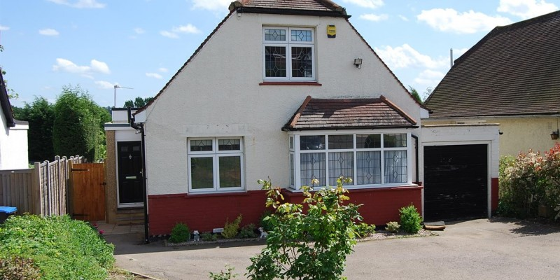 4 Bedroom Detached Chalet Style Bungalow