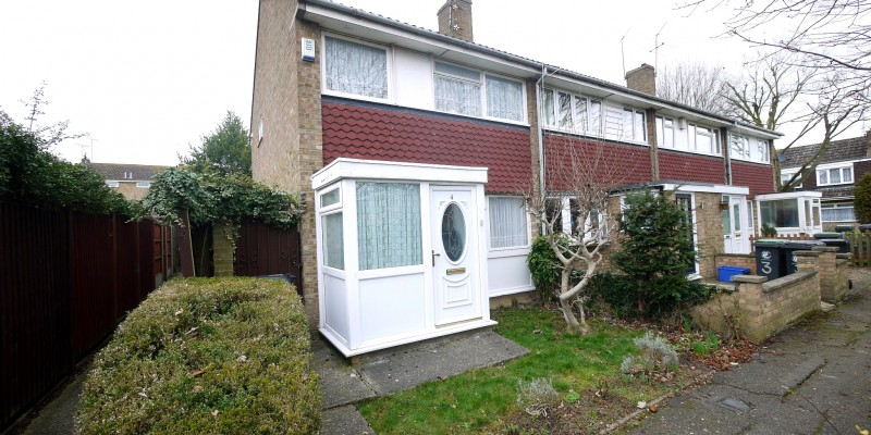 Three Bedroom End of Terrace Waltham Abbey