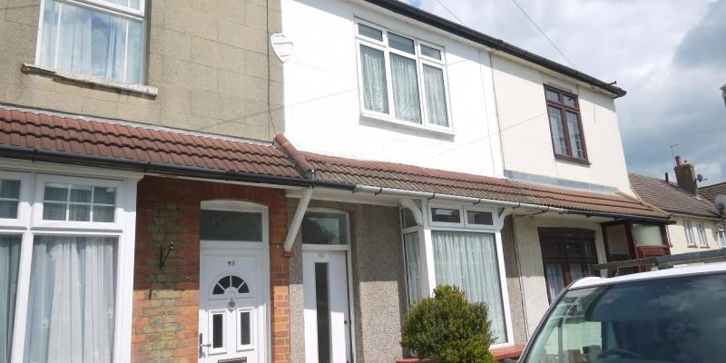 3 Bed Terraced Waltham Cross